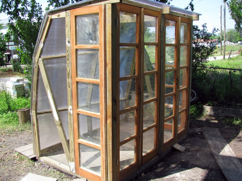 Pdf greenhouse designs for cold weather plans diy free for Greenhouse designs for residential use