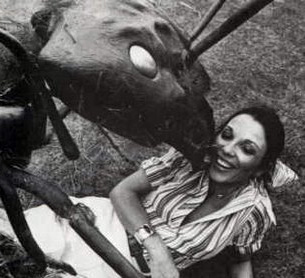 Joan Collins in Empire of the Ants